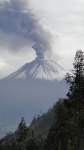 Volcan Tangurahura
