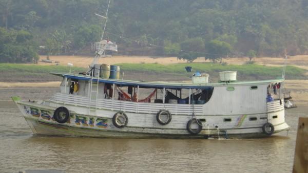 02-bateau passagers avec hamacs
