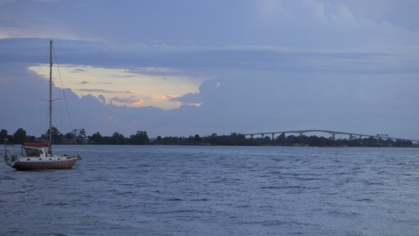 Paramaribo, le pont