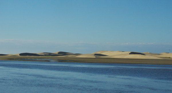 01-dunes face à l'Océan Indien