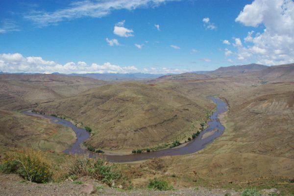 08-rivière et désert