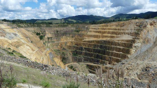 02-mine à ciel ouvert