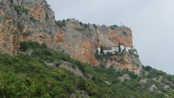 10 un monastère perché